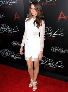 Pretty Little Liars: our fave looks Troian Bellisario http://en.louloumagazine.com/celebrity/celebs-and-influencers/pretty-little-liars-our-fave-looks/ / Pretty Little Liars: Nos looks favours Troian Bellisario http://fr.louloumagazine.com/stars/stars-et-influenceurs/pretty-little-liars-nos-looks-favoris/