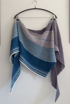 Ravelry: Project Gallery for Drachenfels pattern by Melanie Berg