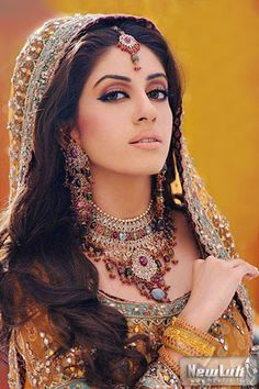 """LOVE these colors. For more bridal looks, check out my """"South Asian Fashion -BRIDAL COUTURE"""" board!"""
