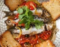 Fish is the Dish provides information and recipes for different species of seafood; and the health benefits of seafood. Sardine Recipes, Fish Recipes, Seafood Recipes, Fish Stew, Portuguese Recipes, Fish And Chips, Fish Dishes, The Dish, Chutney