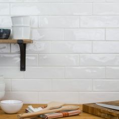 New kitchen backsplash white brick subway tiles ideas Kitchen Redo, Kitchen Tiles, New Kitchen, White Subway Tile Backsplash, Lowes Backsplash Tile, Subway Tile White Kitchen, Backsplash Ideas, White Tiles, Bohemian Kitchen
