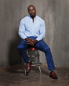 """I could definitely see Mike Colter as Rosslyn's father, Tyree, in """"The Monster of Selkirk""""! Mike Colter, Beautiful Men, Beautiful People, Luke Cage Marvel, African American Actors, Black Male Models, American Comics, Celebs, Celebrities"""