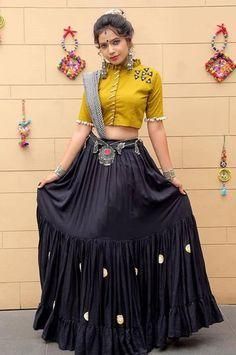 India's Fashion Discovery Platform driven by community Navy Blue Plain Designer Chaniya Choli Special For Navratri Garba Dress, Navratri Dress, Lehnga Dress, Chaniya Choli For Navratri, Choli Blouse Design, Choli Designs, Lehenga Designs, Blouse Designs, Dress Indian Style