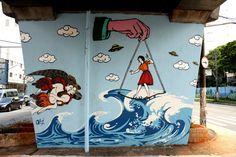 O MAAU (Museu Aberto de Arte Urbana) nasce para expor a aceitação do graffiti como uma arte que já faz parte da cidade. O projeto inédito, idealizado pelos artistas urbanos Chivitz e Binho, deu vida a uma verdadeira galeria de arte pública presente na Av. Cruzeiro do Sul, Zona Norte de São Paulo.    São 66 painéis criados por mais de 50 artistas. Vale a pena conferir de perto, enquanto isso, aprecie Ozi!