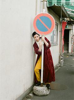 朝ドラの来春ヒロイン・永野芽郁を、川島小鳥が撮影!【写真11枚】 | MEN'S NON-NO WEB | メンズノンノ ウェブ Feeling Fine, Nagano, Japan Fashion, Photo Look, Art Inspo, Photography Poses, Actors & Actresses, Japanese, Portrait