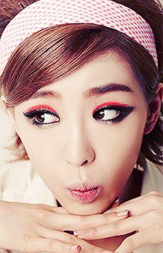 your beautiful nightmare Korean Women, Korean Girl, Beauty Make Up, Hair Beauty, Beautiful People, Beautiful Women, Korean Make Up, Ga In, Brown Eyed Girls