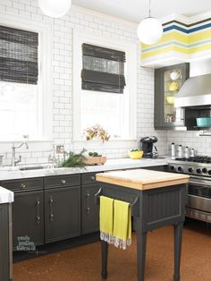 Cinda & Mark's House of Chic Contrasts — House Tour | Apartment Therapy