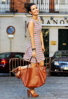 stripes & tan accessories = classic combination #streetstyle