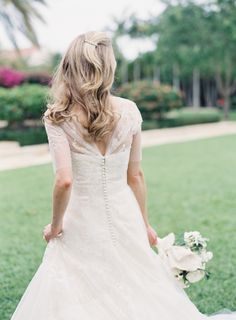 Elegant Palm Beach bride: http://www.stylemepretty.com/2015/12/02/palm-beach-wedding-at-the-flagler-museum/ | Photography: Jessica Lorren - http://www.jessicalorren.com/