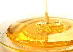 Le miel de manuka est connu pour ses propriétés et vertus cosmétiques qui ont fait leurs preuves ! Cicatrisant, il est un allié de taille pour la peau !