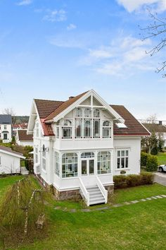 Discover these 10 recommended tips and hints all pertaining to Swedish Cottage, Swedish House, French Country Cottage, Style At Home, Beautiful Buildings, Beautiful Homes, Cottage Design, House Design, Future House