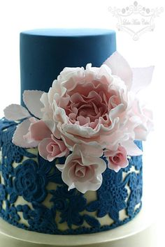 Pink and navy lace cake - by Leslea Matsis Cakes