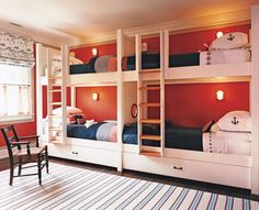 obsessed with these bunkbeds. if i ever have a beach house, these will be in it.
