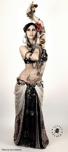 I am going to be good at belly dancing... even if it takes a while :D