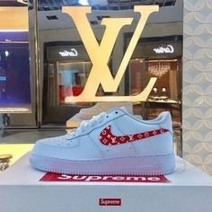 A$VPDOPEさん(@asvpdope)のInstagramアカウント: 「#louisvuitton #nike #supreme」