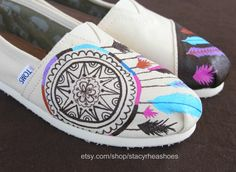 StacyRheaShoes  - Custom hand painted Shoes! TOMS, Vans, BOBS, Converse - on Etsy