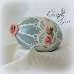 OxiGra: pisanki Egg Crafts, Easter Crafts For Kids, Easter Paintings, Egg Shell Art, Cute Egg, Carved Eggs, Tole Painting Patterns, Lace Painting, Diy Easter Decorations