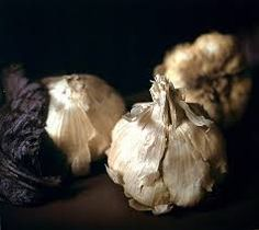 Week Twenty Nine – Craigie Horsfield Garlic Bulb, Cabbage Leaves, Still Life Photos, Garlic Powder, Fruits And Vegetables, Stuffed Mushrooms, Bulbs, Food, Google Search