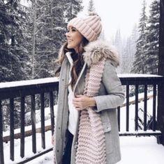 Cute Winter Coats, Winter Coat Outfits, Stylish Winter Outfits, Stylish Coat, Winter Outfits Women, Winter Coats Women, Winter Dresses, Cool Outfits, Fall Coats