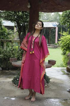 Kurta Designs Women, Blouse Designs, Dress For Body Shape, Kaftan Pattern, Beautiful Outfits, Beautiful Saree, Party Wear Indian Dresses, Muslim Women Fashion, Cotton Kaftan