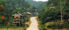 Ethnic villages - Hoa Binh Lake