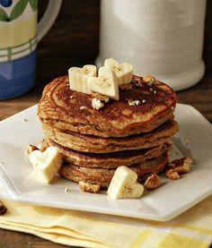 Banana, cinnamon pancakes