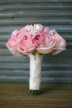 Beach Chic Wedding Bouquets » Love Notes Wedding Blog