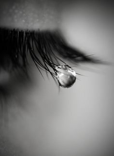 Ideas eye crying photography beautiful for 2019 Crying Eyes, Tears In Eyes, Sad Eyes, Dark Photography, Creative Photography, Black And White Photography, Portrait Photography, People Photography, Loneliness Photography