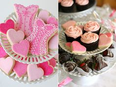 These are lots of fun and look really yummy! This picture came from an interesting {wedding shower} article/blog.