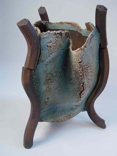 tripod vase made by Jim Robison at Booth House Gallery, Holmfirth www.jimrobison.co.uk