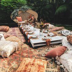 Miss Mays Picnics ( Boho Garden Party, Garden Wedding, Backyard Picnic, Garden Picnic, Picnic Style, Picnic Set, Outdoor Dinner Parties, Baby Shower, Bridal Shower