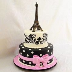 11th Birthday, Birthday Woman, Bolo Paris, Paris Cakes, Fake Cake, Birthday Cakes For Women, Disney Memes, Betty Crocker, Sleepover