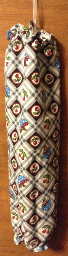 Plastic Bag Holder Cherries by CydsCreations on Etsy