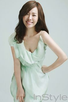 Innocent to Sexy Photos of Han Ji Min's 'Park Ha' role in 'Rooftop Prince' . World Most Beautiful Woman, Beautiful Asian Women, Korean Beauty, Asian Beauty, Han Ji Min, Prity Girl, Ga In, Cute Korean Girl, Korean Actresses