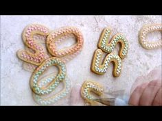 Number 50 (Piping bead border with royal icing mini tutorial) - YouTube