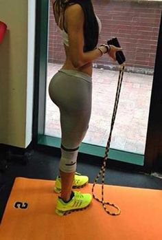 Jen Selter Butt Working Out