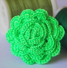 Anillo de ganchillo verde flúor - Crochet ring in green fluo