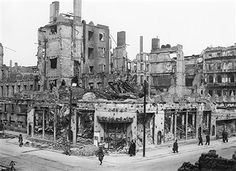 1945 Central Hotel und Wintergarten Ruine in der Friedrichstrasse