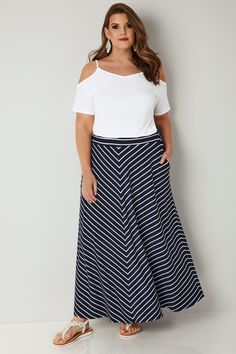 Navy & White Striped Maxi Skirt, Plus size 16 to 36 Plus Size plus size maxi skirt Maxi Skirt Winter, Maxi Skirt Black, Winter Skirt Outfit, Striped Maxi Skirts, Navy Maxi, Navy Skirt, White Maxi, White Skirt Outfits, White Summer Outfits