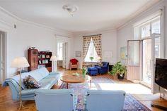 Diverse Interior Design in a 7 Room Apartment