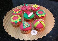 #Cupcakes #christmas #delicious #cute #vainilla #elegant #fondant #colorfull