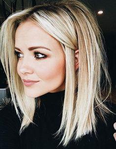 blonde long bob Beauty Bucket List in 2019 Vaaleat hiukset long bob hairstyles - Bob Hairstyles Cool Hair Color, Hair Colors, Great Hair, Hair Lengths, Hair Trends, Cool Hairstyles, Black Hairstyles, Hairstyle Ideas, Lob Hairstyle
