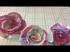 This experience was amazing and the flowers are so cute with beautiful Colors! you can pick the most colorful ones. Making Fabric Flowers, Flower Crafts, Gift Bags, Arts And Crafts, Corner, Colorful, Crafty, Inspired, Youtube