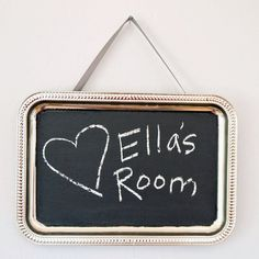 DIY: Homemade Chalkboard Paint Wall Hanging