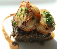 Private Cape Cod Chef Yves Bainier's recipe for BRAISED SHORT RIBS AND JUMBO SCALLOPS.