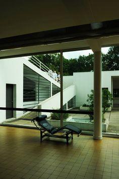 #135. Villa Savoye. Poissy-sur-Seine, France. Le Corbusier (architect). 1929 CE. Steel and reinforced concrete.