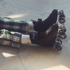 Make the sidewalk sizzle! Our quad skates are made from high quality components, so you can feel good skating the streets or rink in style with your skate squad. Black Roller Skates, Retro Roller Skates, Roller Skate Shoes, Quad Skates, Roller Skating, Outdoor Roller Skates, 4 Wheel Roller Skates, Rollers, Skates Vintage