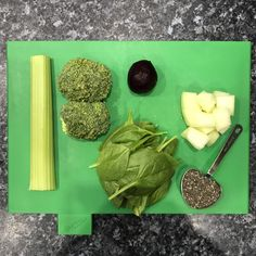 #zdravastrava #nutribulet #zdravie  #chiaseeds #smoothie #spinach #fitgirl #fitfood #fitjedlo #zdravejedlo #detox Chia Seeds, Spinach, Smoothie, Detox, Ethnic Recipes, Food, Eten, Smoothies, Meals