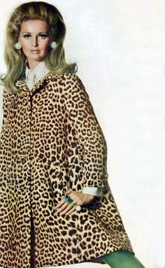 Samantha Jones by Penn. Vogue 1967