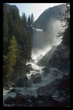 Vernal Falls, Yosemite National Park; photo by Hans Wobbe